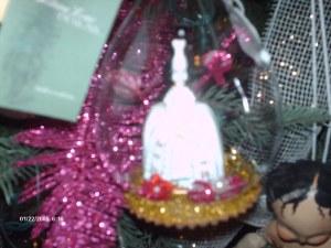 Marie Antoinette in globe